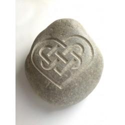Piedra Decorativa con Corazón Celta